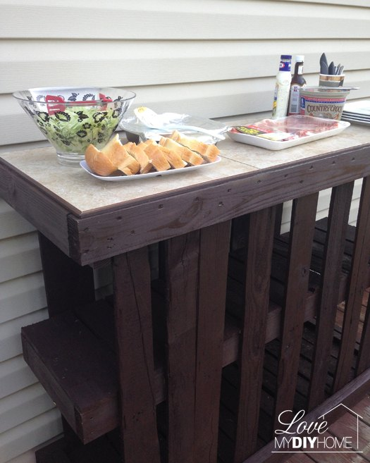 diy pallet deck island, decks, diy, pallet, repurposing upcycling, woodworking projects