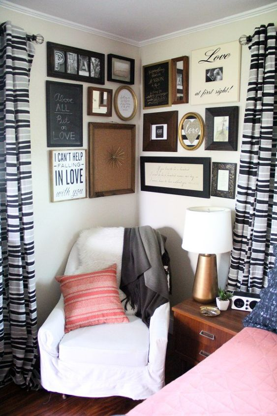 Why A Corner Is The Perfect E For Gallery Wall Home Decor