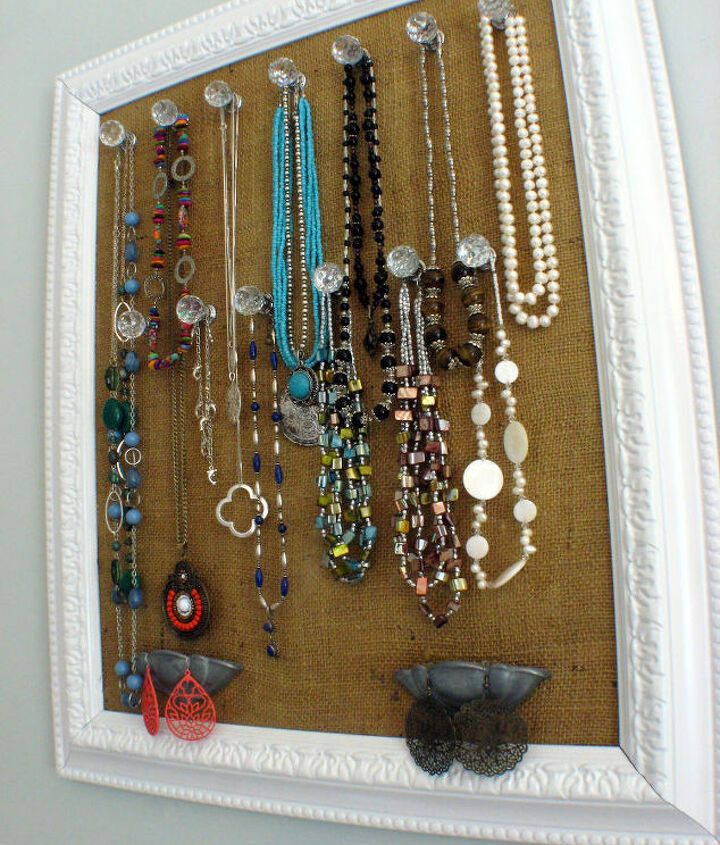 DIY Framed Burlap Jewelry Holder
