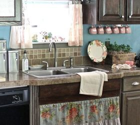 Vintage Farm Kitchen, Home Decor, Kitchen Design, Painted Furniture,  Painted And Distressed