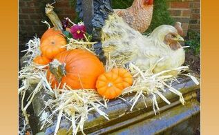 creating a front yard fall vignette featuring mr and mrs roo, seasonal holiday decor