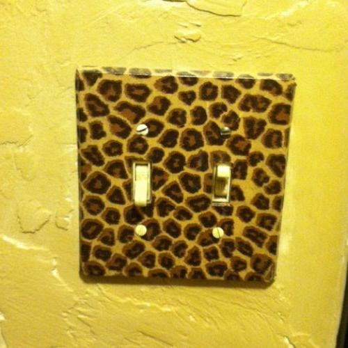 Decoupage wall switch