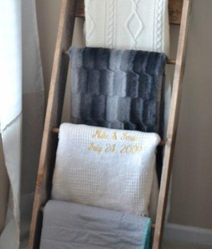 diy blanket ladder, diy, woodworking projects