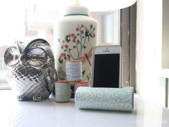 diy iphone holder, crafts, repurposing upcycling