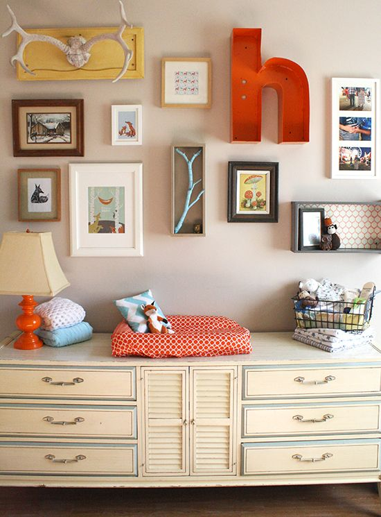 5 essentials for creating the perfect gallery wall at home, bedroom ideas, dining room ideas, home decor, living room ideas, repurposing upcycling, wall decor, Chickswhogiveahoot com via Pinterest