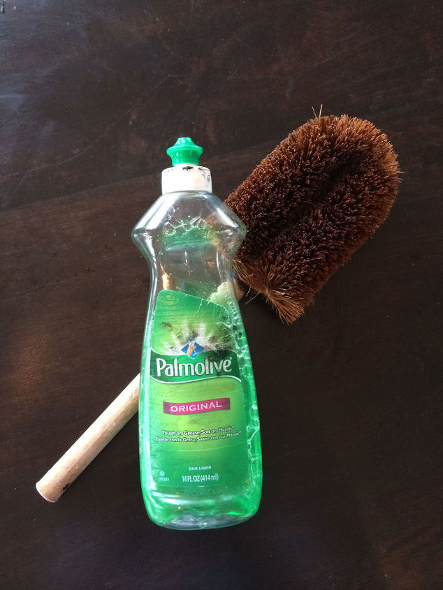 easily remove stain from your hands, cleaning tips, painted furniture, painting