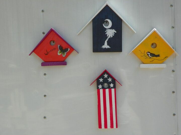 pallet wood projects, pallet, Birdhouse decor made from pallet wood