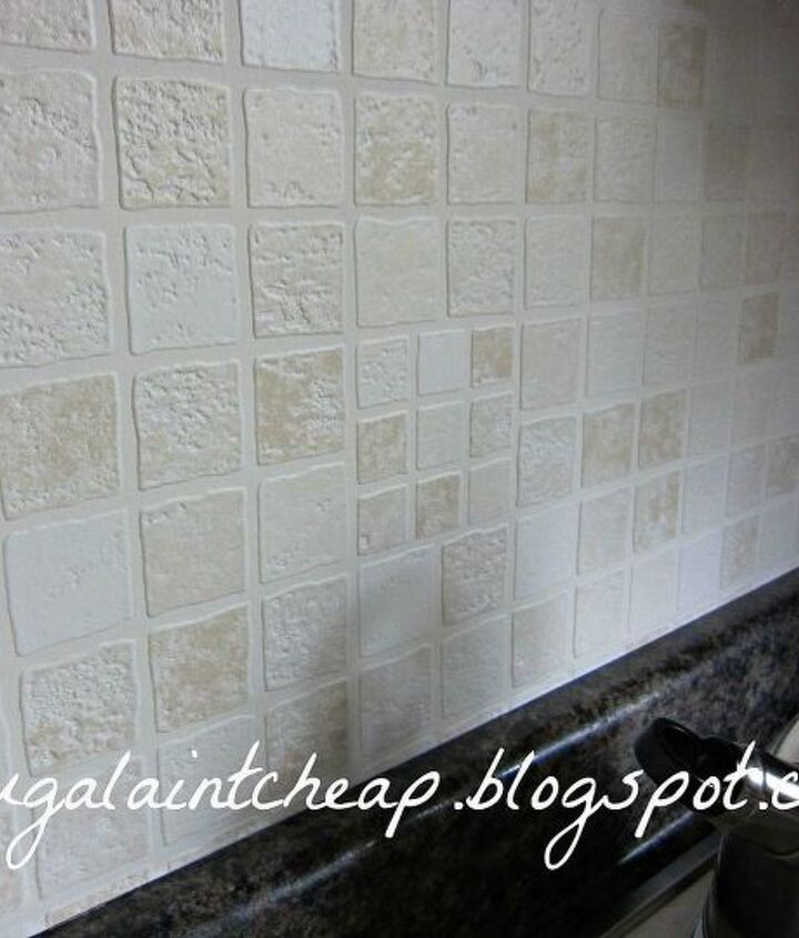 wipeable/washable wallpaper