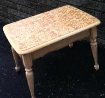 painted table donated for a fundraiser, chalk paint, painted furniture