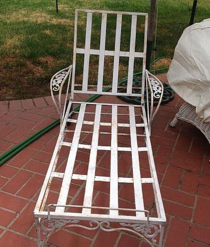 q vintage chaise what color to paint, painted furniture