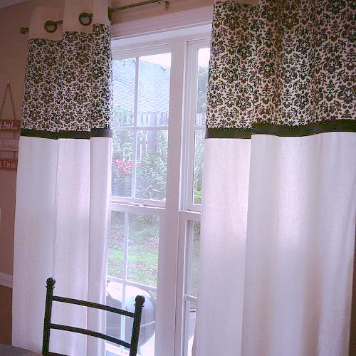 Kitchen Window Furnishings: DIY No Sew Kitchen Curtains