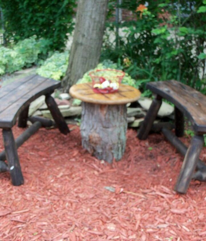 tic tac toe table and curved cedar benches