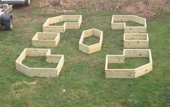 Raised Beds Can Be Made in Cool Shapes and Patterns