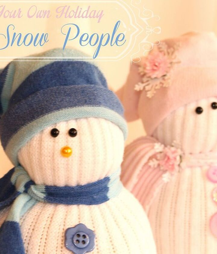 turn your mismatched socks into cute snow people, christmas decorations, crafts, repurposing upcycling, seasonal holiday decor
