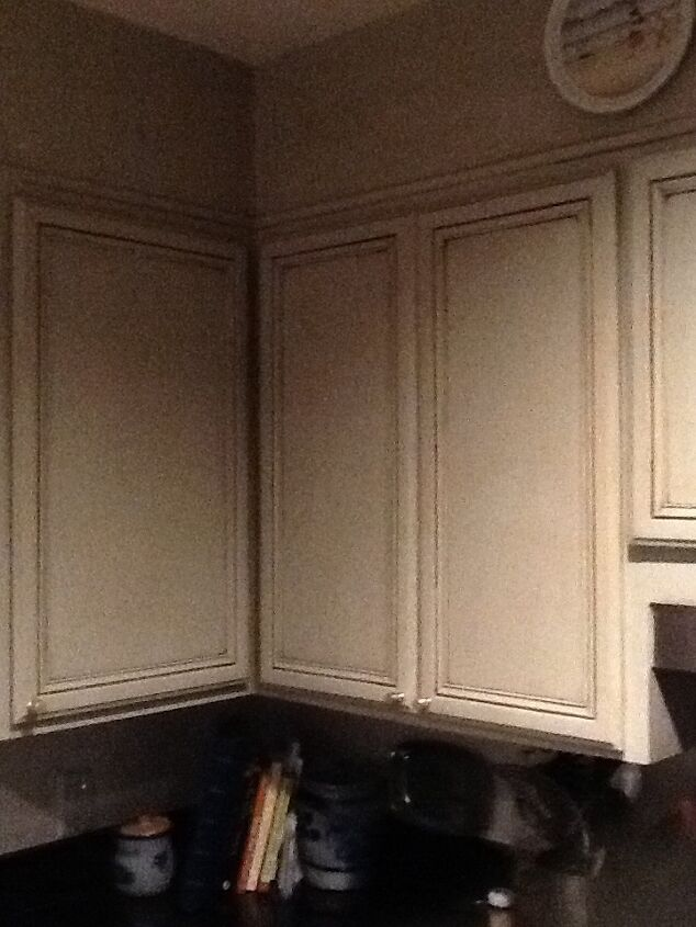 q reprinting kitchen cabinets, kitchen cabinets, kitchen design, painting, Paint goes up to false headers