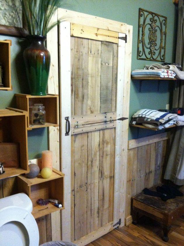 simple pallet door, diy, doors, pallet, repurposing upcycling, woodworking projects