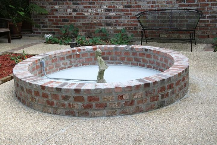 q need suggestions for the height of a centerpiece for a round brick patio fountain, outdoor living, patio, ponds water features