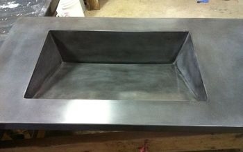 Concrete ramp sink with slot drain(close up of slot)