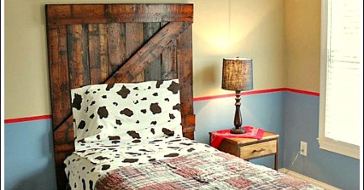 Diy Headboard Made From Old Wood Hometalk