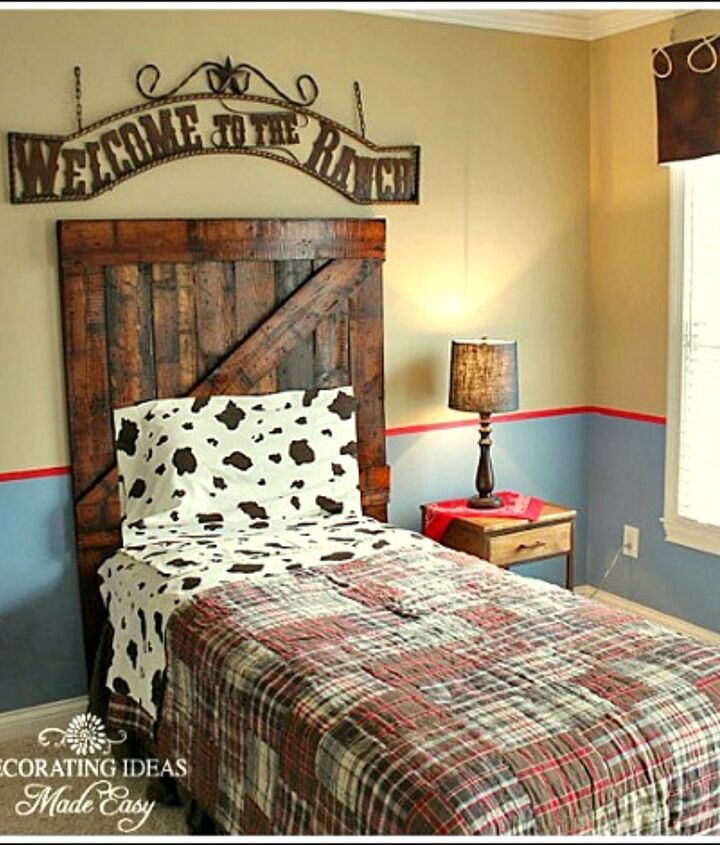 Now, ain't that just a cute little headboard for my little cowpoke friend? Easy tutorial: http://www.decorating-ideas-made-easy.com/how-to-make-a-headboard.html