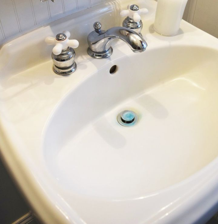 How To Remove Hard Water Stains From A Porcelain Sink Hometalk - Remove stains from bathroom sink