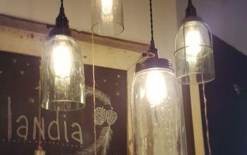 DIY Farmhouse Light - With a Mason Jar!