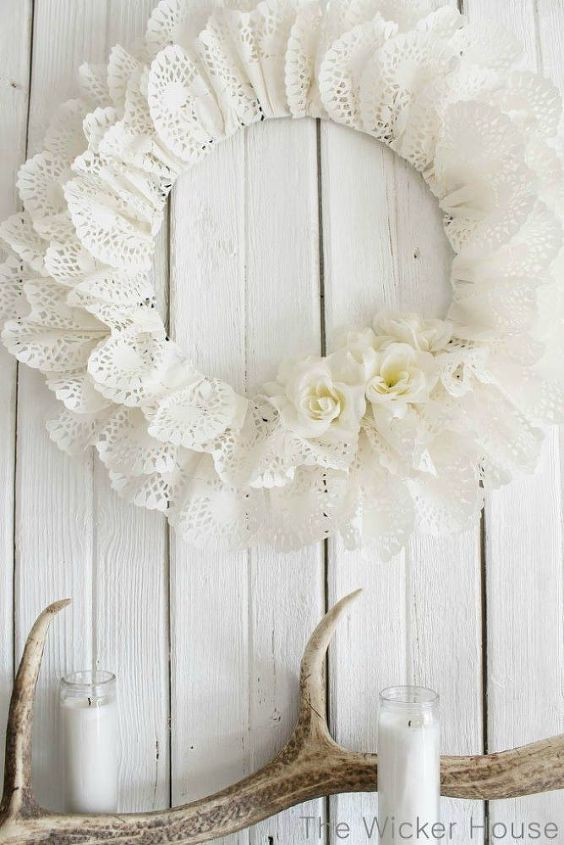 valentine heart doily wreath, crafts, seasonal holiday decor, valentines day ideas, wreaths