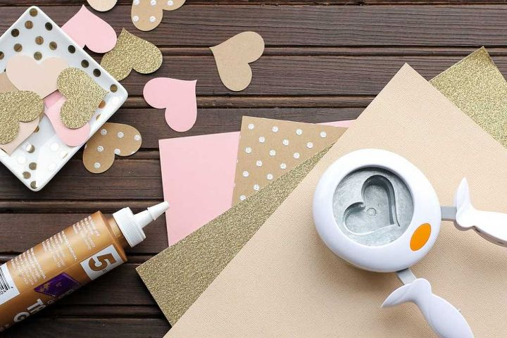 diy 3d paper heart garland tutorial, crafts, how to, seasonal holiday decor, valentines day ideas
