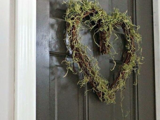 simple valentine s day wreath, crafts, seasonal holiday decor, valentines day ideas, wreaths