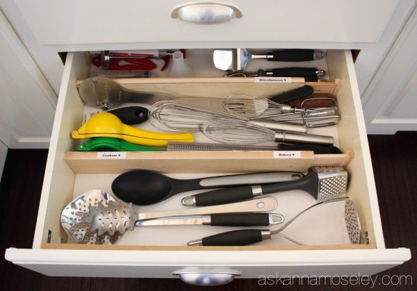 how to organize kitchen utensils in 30 min or less, kitchen design, organizing