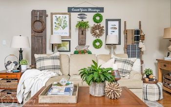 How To Create A Rustic Gallery Wall & Cozy Up Your Room