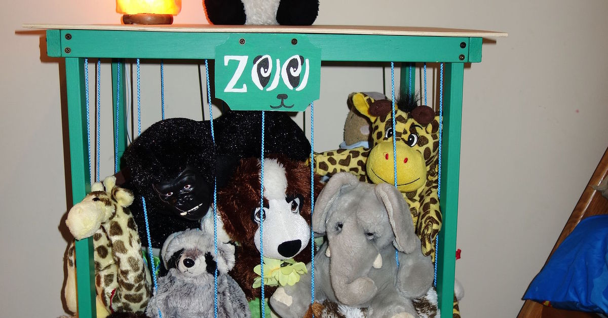 Zoo stuffed animal storageside table organization 30dayflip zoo stuffed animal storageside table organization 30dayflip hometalk solutioingenieria Image collections
