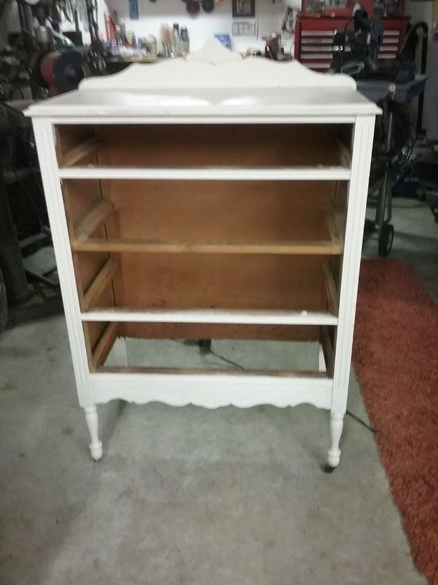 mom s old dresser turned into bench, outdoor furniture, painted furniture, repurposing upcycling