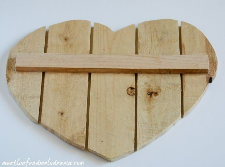 diy heart door hanger, crafts, seasonal holiday decor, valentines day ideas, woodworking projects