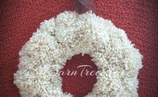 pom pom knockoff wreath, crafts, wreaths