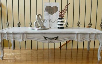 Thrift Store Treasure- Chalky Paint Coffee Table
