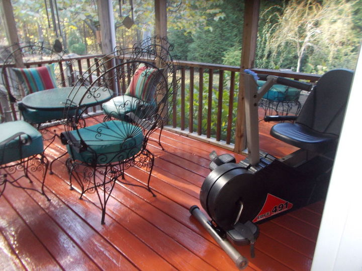 q back screened porch needs floor support plus gutter rerouting, decks, flooring, home improvement, large home improvement projects, outdoor furniture, porches