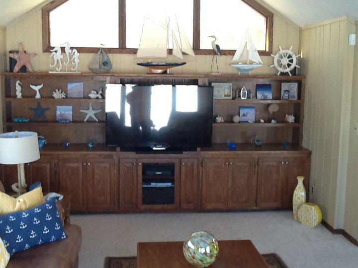 q i need decorating help, home decor, home decor dilemma, paint colors