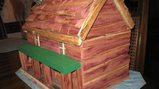 , Cabin storage box Inner box made from Pallet Wood Covered with Cedar Top half lifts off but isn t noticeable For secret storage Photo 1