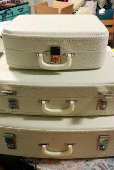 painted suitcases un deux trois, chalk paint, crafts, repurposing upcycling