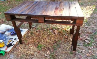 make a desk from pallets, diy, how to, painted furniture, pallet, woodworking projects