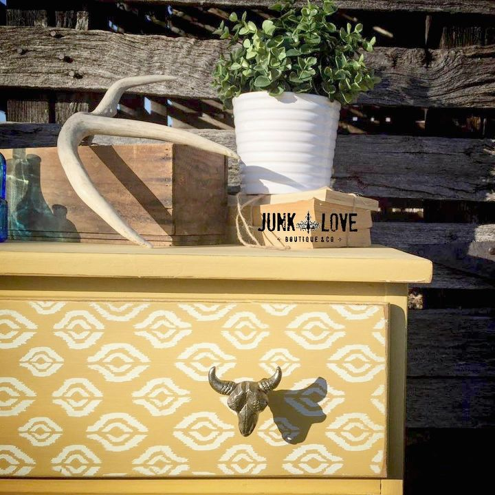 yellow longhorn dresser before after, painted furniture