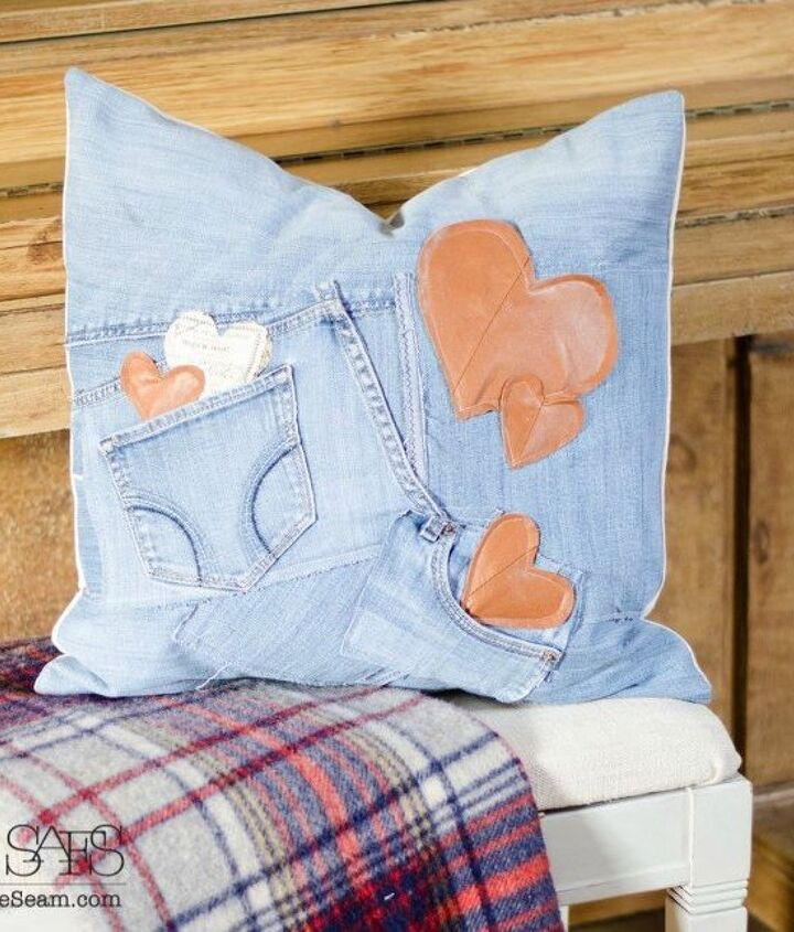 s how 13 dumpster divers decorate for valentine s day, repurposing upcycling, seasonal holiday decor, valentines day ideas, Cozy Cuddle Pillow from Old Clothes