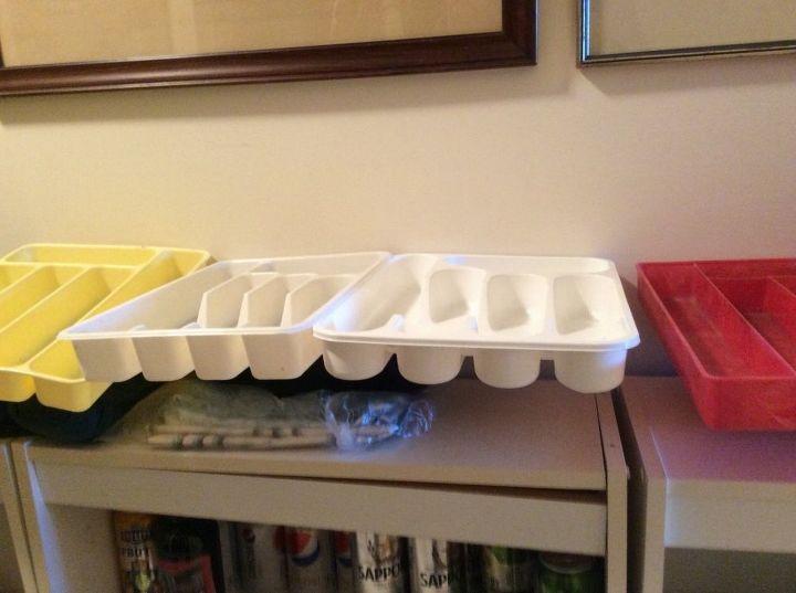 q plastic cutlery trays, organizing, repurpose household items, repurposing upcycling
