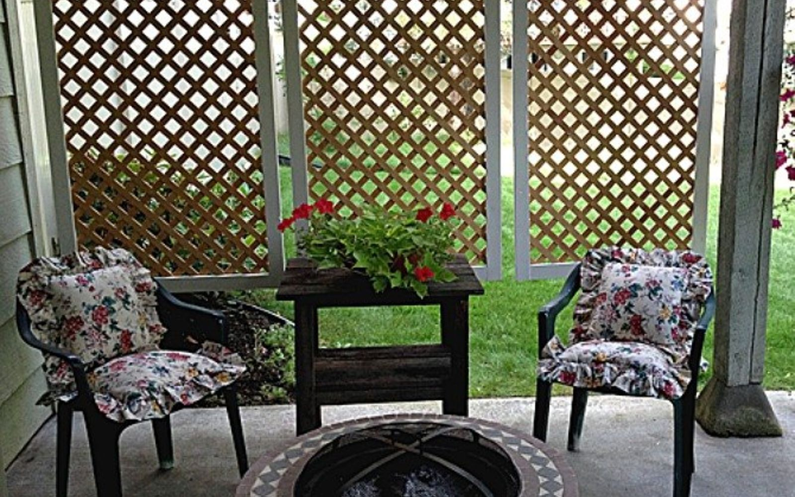 s 17 amazing garden features we ve been saving for summer, gardening, outdoor living, ponds water features, This perfect patio privacy screen