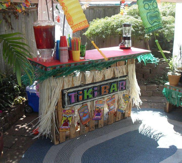 Building A Tiki Bar From Pallets Hometalk