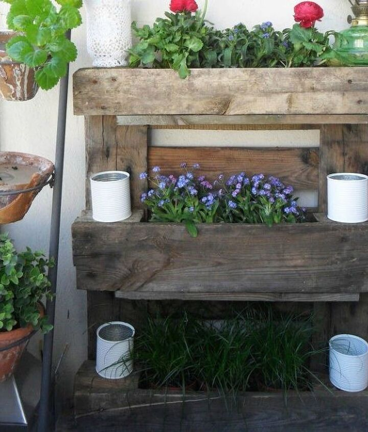 s 18 incredibly easy ways to use the entire pallet, pallet, Make a balcony planter for small spaces