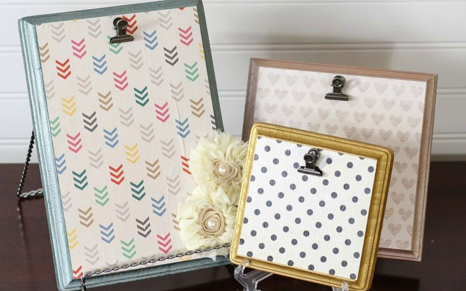 s 9 budget ways to add gleaming metallic accents, crafts, home decor, Outline wood memo holders in metallic hues