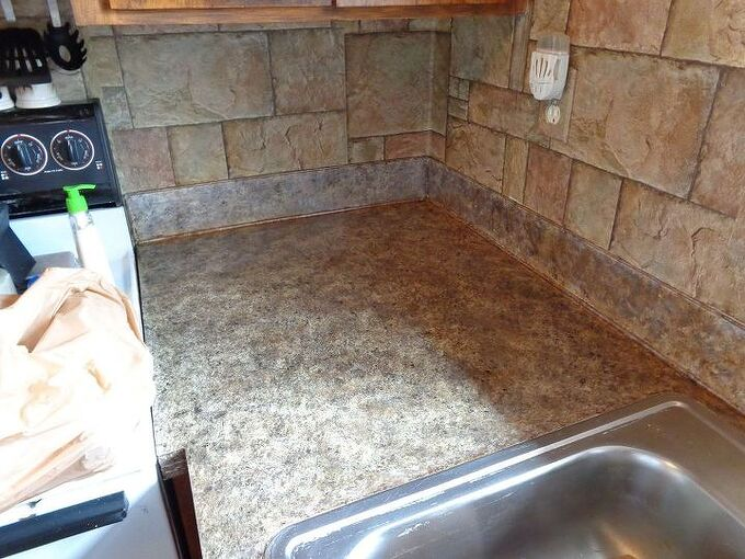 diy painted counter tops, countertops, painting, Finished counter tops