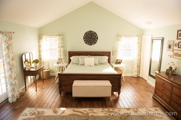 creating a relaxing master bedroom by mixing old and new, bedroom ideas, home decor, repurposing upcycling